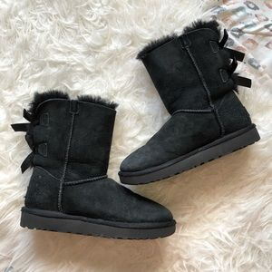 bailey black uggs